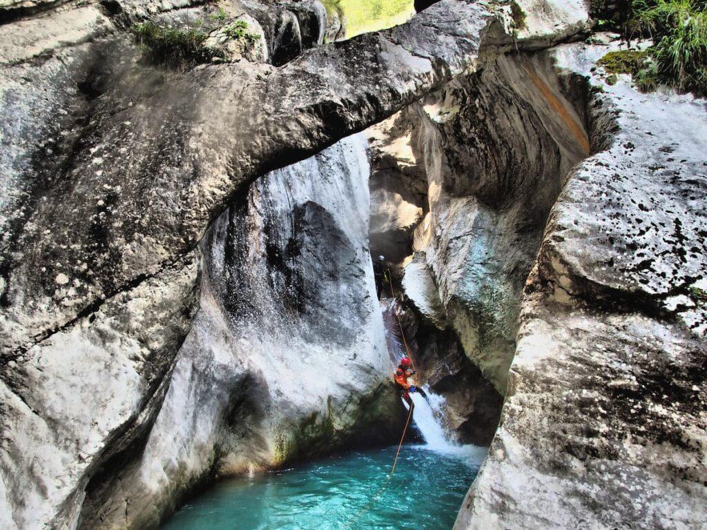val zemola canyoning recovery energy Recovery Energy | Experience Emotions Canyoning Lazio, Abruzzo, Umbria. Escursionismo e Survival 5 posti meravigliosi che puoi vedere solo con il canyoning