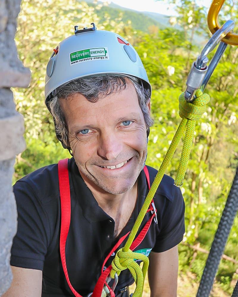 andrea recovery energy Recovery Energy | Experience Emotions Canyoning Lazio, Abruzzo, Umbria. Escursionismo e Survival Chi siamo