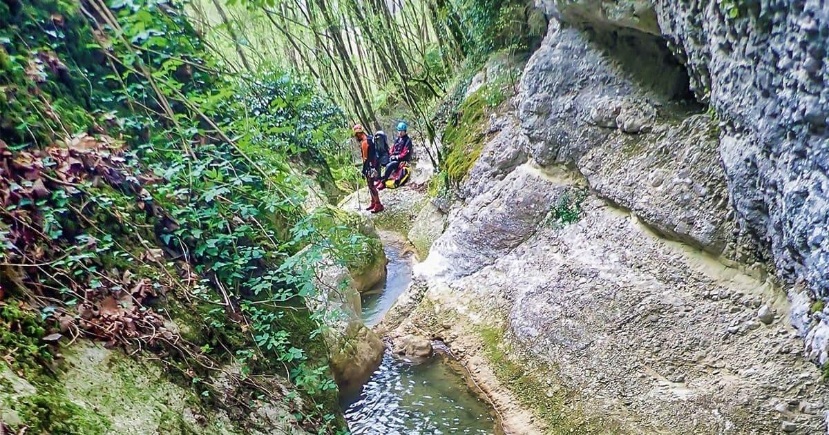 canyoning torrentismo lazio rieti fosso della mola recovery energy Recovery Energy | Experience Emotions Canyoning Lazio, Abruzzo, Umbria. Escursionismo e Survival Canyoning Torrentismo