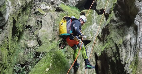 canyoning torrentismo perugia umbria scheggino recovery energy Recovery Energy | Experience Emotions Canyoning Lazio, Abruzzo, Umbria. Escursionismo e Survival Canyoning a Roccagelli