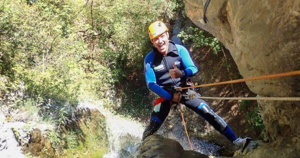 canyoning torrentismo umbria casco perugia scheggino Recovery Energy | Experience Emotions Canyoning Lazio, Abruzzo, Umbria. Escursionismo e Survival Canyoning al Casco