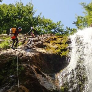 corso avanzato canyoning torrentismo recovery energy Recovery Energy | Experience Emotions Canyoning Lazio, Abruzzo, Umbria. Escursionismo e Survival Gran Sasso