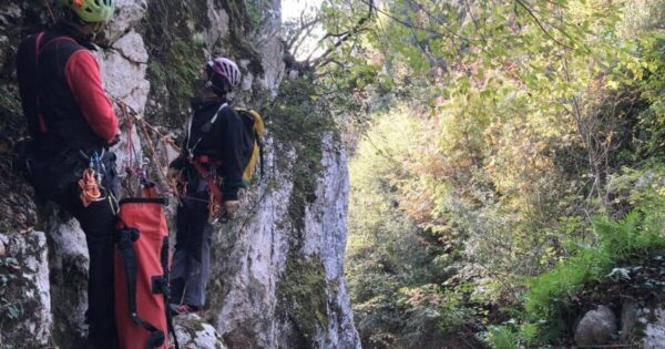 torrentismo canyoning lazio rieti forra corbezzoli recovery energy Recovery Energy | Experience Emotions Canyoning Lazio, Abruzzo, Umbria. Escursionismo e Survival Canyoning alla Forra dei Corbezzoli