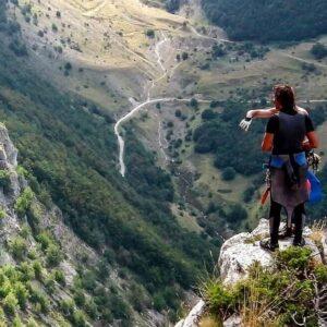 trekking canyoning dispersi valloppio recovery energy Recovery Energy | Experience Emotions Canyoning Lazio, Abruzzo, Umbria. Escursionismo e Survival Il Lago del Turano