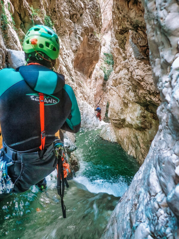 canyoning torrentismo molise recovery energy 2 Recovery Energy | Experience Emotions Canyoning Lazio, Abruzzo, Umbria. Escursionismo e Survival Canyoning in Molise