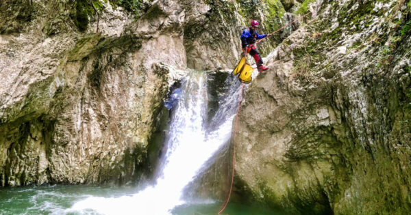 canyoning torrentismo molise recovery energy 4 Recovery Energy | Experience Emotions Canyoning Lazio, Abruzzo, Umbria. Escursionismo e Survival Canyoning in Molise